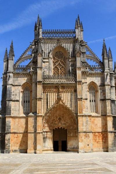 Монастырь Баталья в Португалии